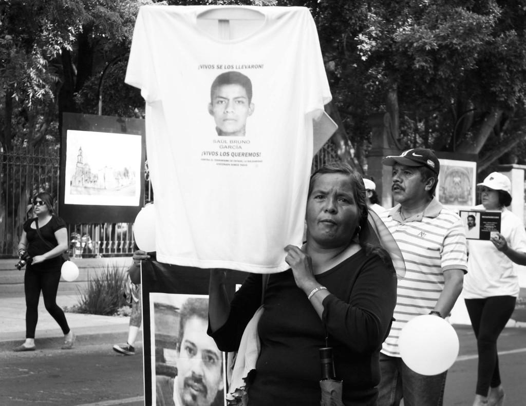 Marcha de madres de desaparecidos en Querétaro. Foto: Alitzel Jiménez