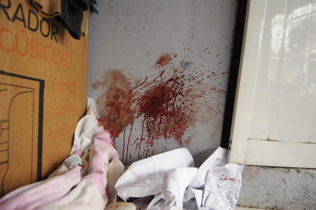 Así quedó la habitación donde fueron golpeados los estudiantes en Xalapa, Veracruz. Foto: Rubén Espinosa/Agencia Cuartoscuro