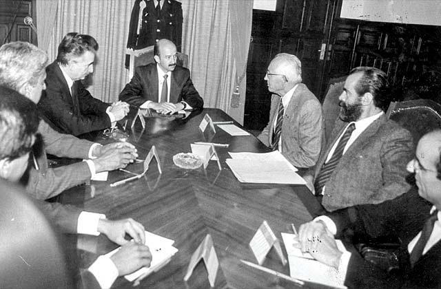 Reunión de Diego Fernández de Cevallos y Luis H. Álvarez con Carlos Salinas de Gortari. Foto: Excelsior