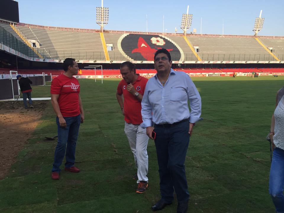 Fidel Kuri, diputado federal del PRI, dueño del equipo Veracruz. Foto tomada del sitio de Facebook del equipo Veracruz