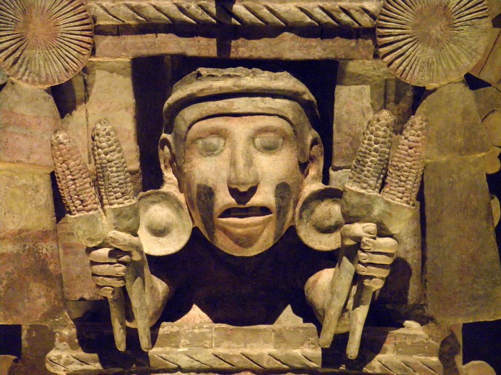Deidad azteca del maíz. Foto: Luis Alveart/Flickr