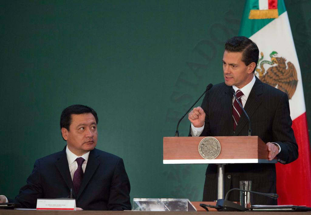 Enrique Peña Nieto y Miguel Ángel Osorio Chong.