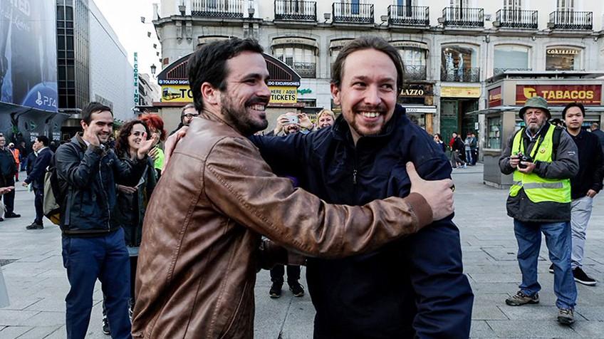 Pablo Iglesias y Alberto Garzón en el anuncio de la alianza entre Podemos e Izquierda Unida.