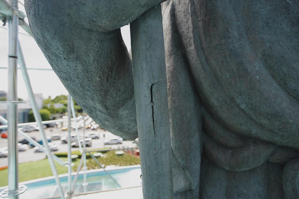 Fisura en la escultura de La Minerva. Foto: Gobierno de Guadalajara/Flickr