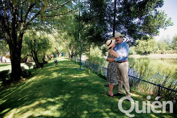 El ex presidente Vicente Fox y su esposa Martha Sahagún en su rancho de San Cristobal. Foto: Quién
