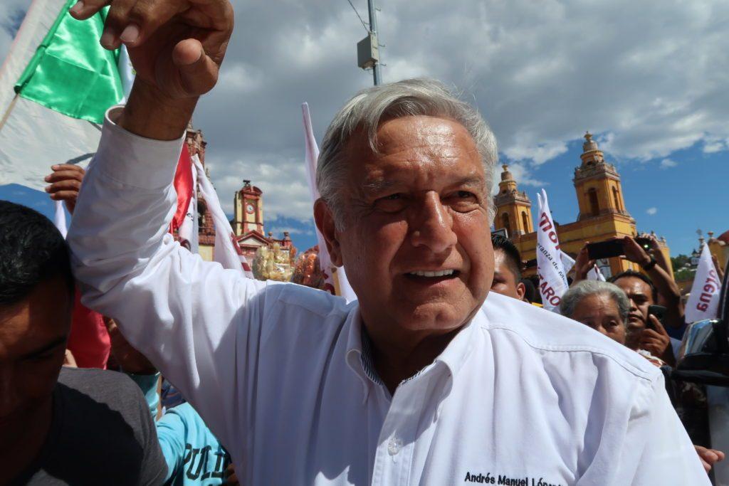 Andrés Manuel López Obrador en Cadereyta, Querétaro. Foto: Especial.