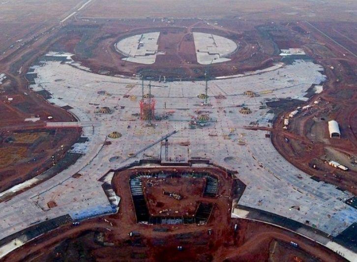 Anuncia Jiménez Espriú renovación de aeropuerto